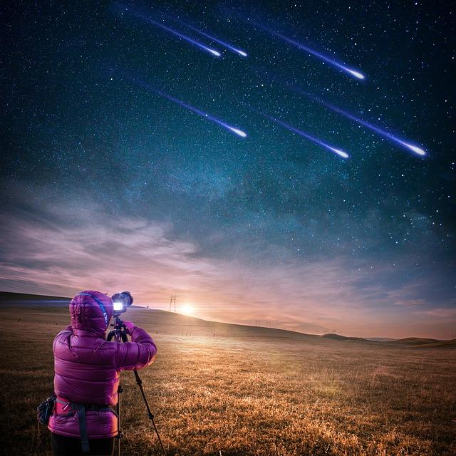 「流星」と「流星群」と「彗星」の違いをわかりやすく擬人化して説明します