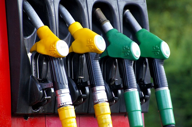 ガソリン給油中にエンジン停止の理由!重大災害はこうして起きる